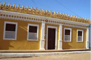 Casarão Colonial Com Arquitetura Portuguesa